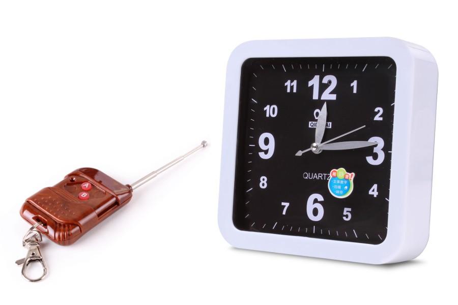 5b8688592d8b7c Mini kamera ukryta w zegarze Square – opinie – cechy - parametry ...