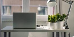 Praca zdalna - jak bezpiecznie i efektywnie pracować w domu